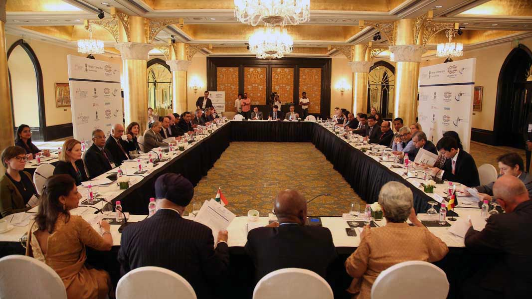 Roundtable-1